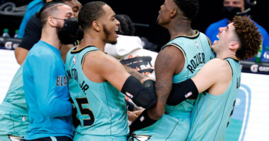 Terry Rozier (Charlotte Hornets) tras su game winner ante los Warriors
